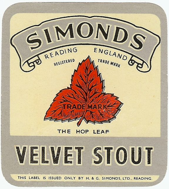 Velvet Stout 3 cream gloss