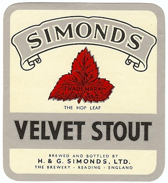 Velvet Stout 4 white gloss