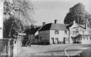 Hurstbourne Tarrant, The George & Dragon 3